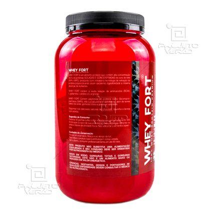 ebc910b8a Whey Fort 900g Chocolate - Whey Protein isolado e concentrado +  Coqueteleira - Vitafor