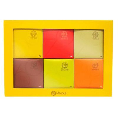 mendoa-chocolates-caixa-de-chocolates-sortidos-nibs-de-cacau-gengibre-cafe-classico-150g-loja-projeto-verao